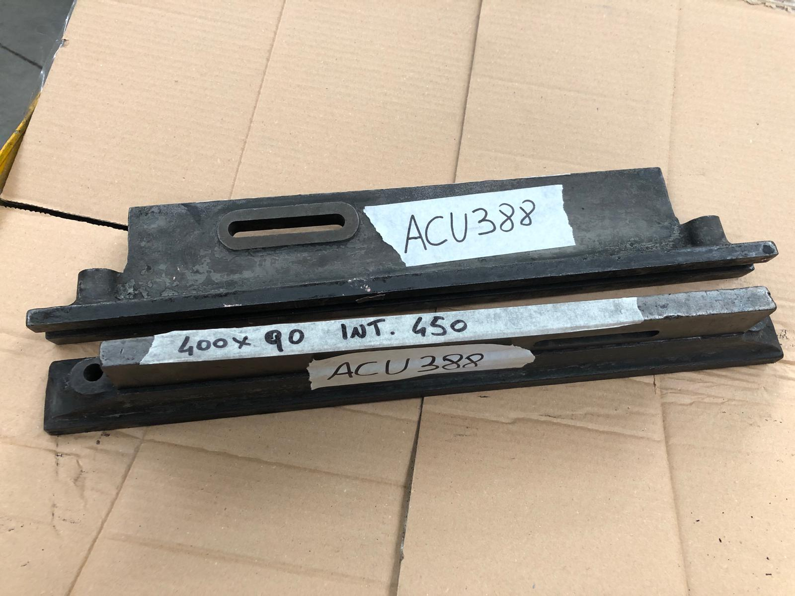 [ACU388] SUPPORTI PARALLELI LUNG. 400 H. 90 INTER. 450